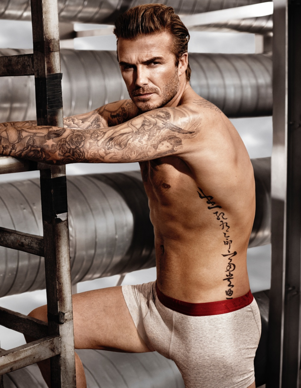 david-beckham-h-and-m-spring-2014-super-bowl-campaign-photos-0001