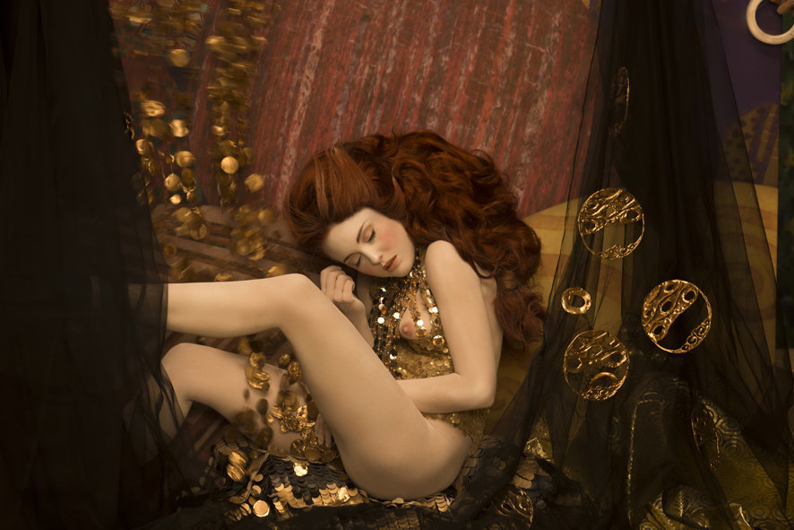 Inge Prader's recreation of Gustav Klimt's Danae (1907). Photo: Life Ball, © Inge Prader.