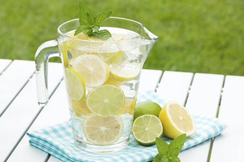 Limonada-de-lima-guatemalteca-1