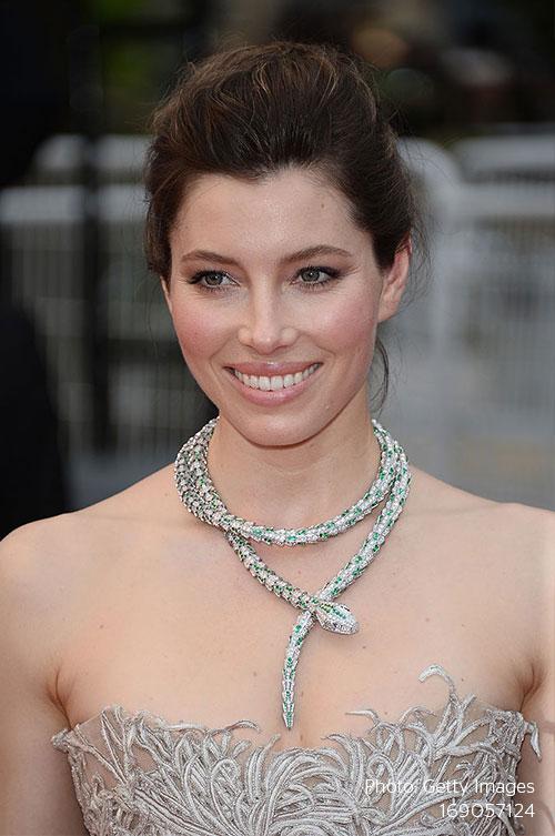 Stylight-Jessica-biel-serpenti-necklace