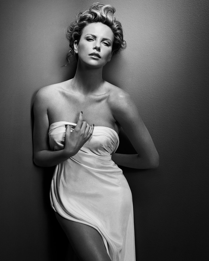 Charlize Theron - New York 2008, copyright cortesía Vincent Peters
