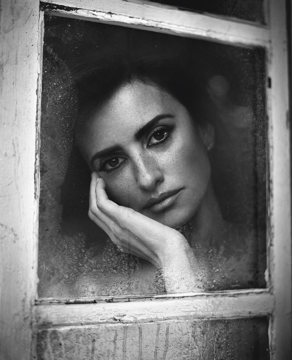Penélope Cruz Madrid, 2015 from the book Personal Photo © Vincent Peters