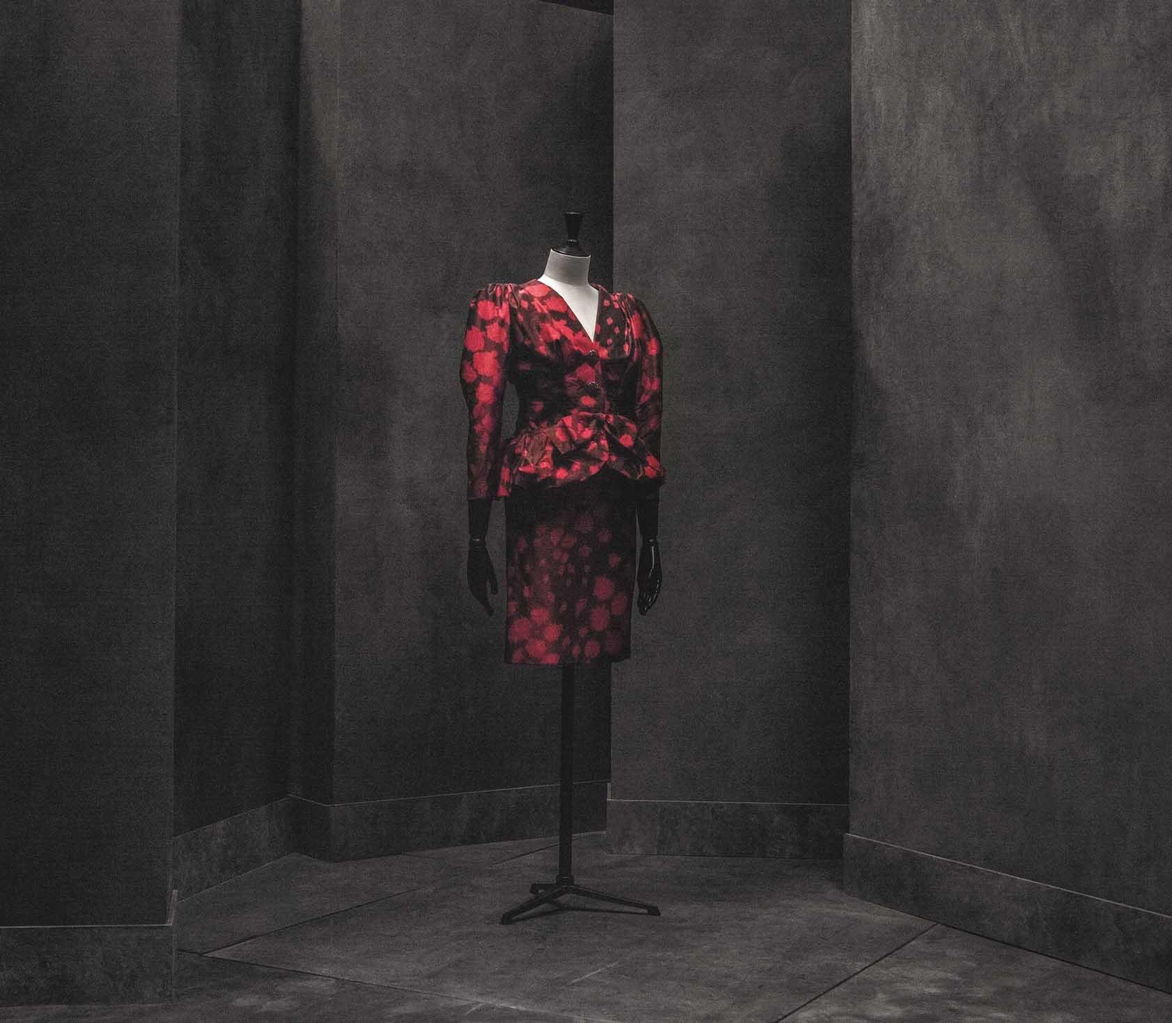 Manuel Pertegaz: la exposición imprescindible que rinde tributo al gran diseñador español