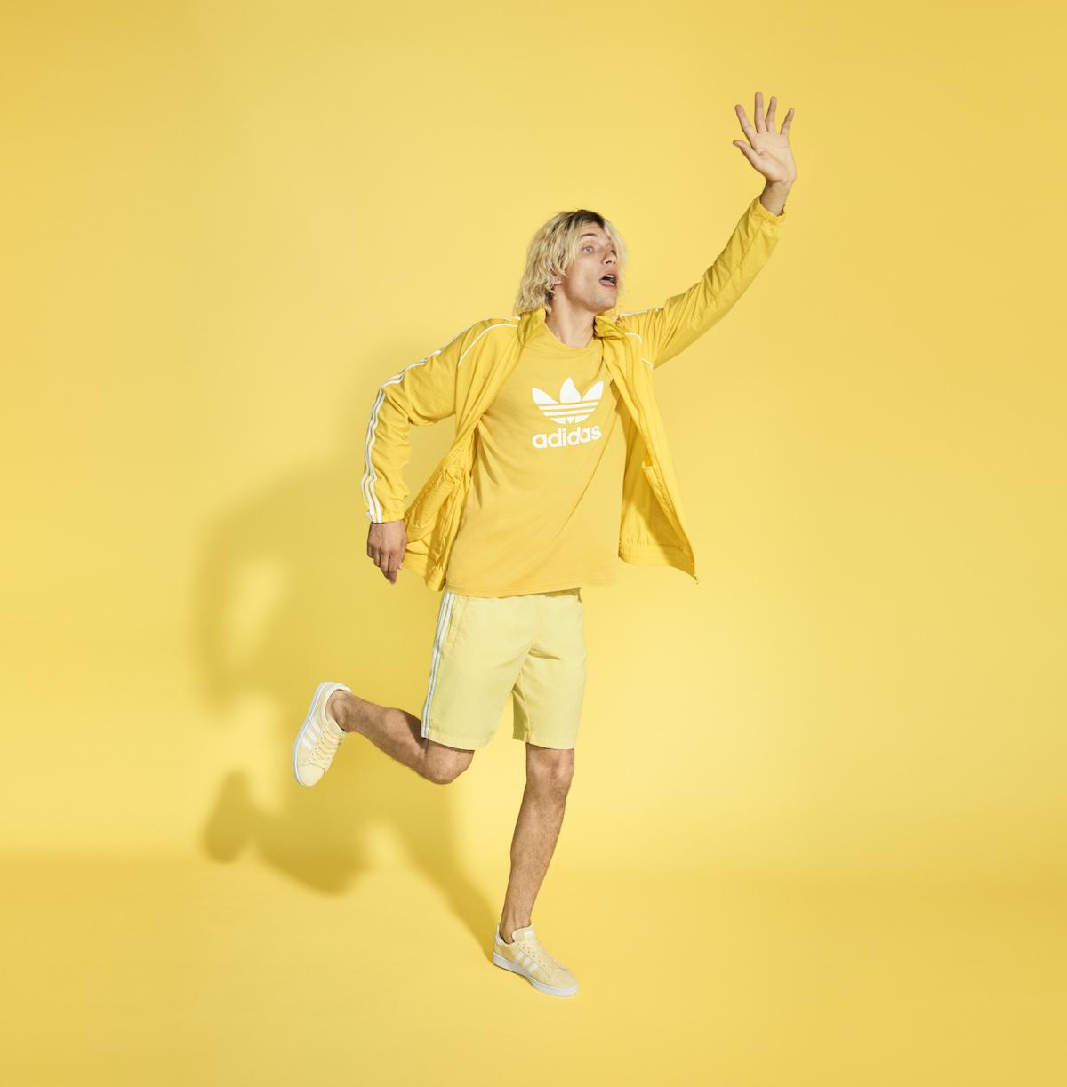 Vuelve adicolor, la icónica línea de adidas Originals para inundar de color esta primavera
