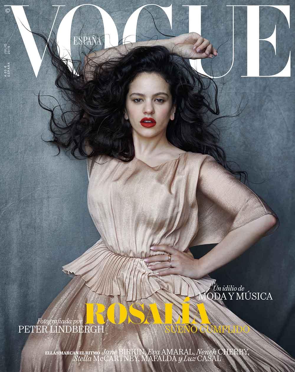 Vogue julio_Rosalía por Peter Lindbergh